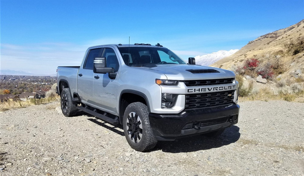 2020 Chevrolet Silverado Hd 2500 6 6l Gas V8 Off Road Review Video By Matt Barnes Car Shopping Silverado Hd Chevrolet Silverado Chevrolet