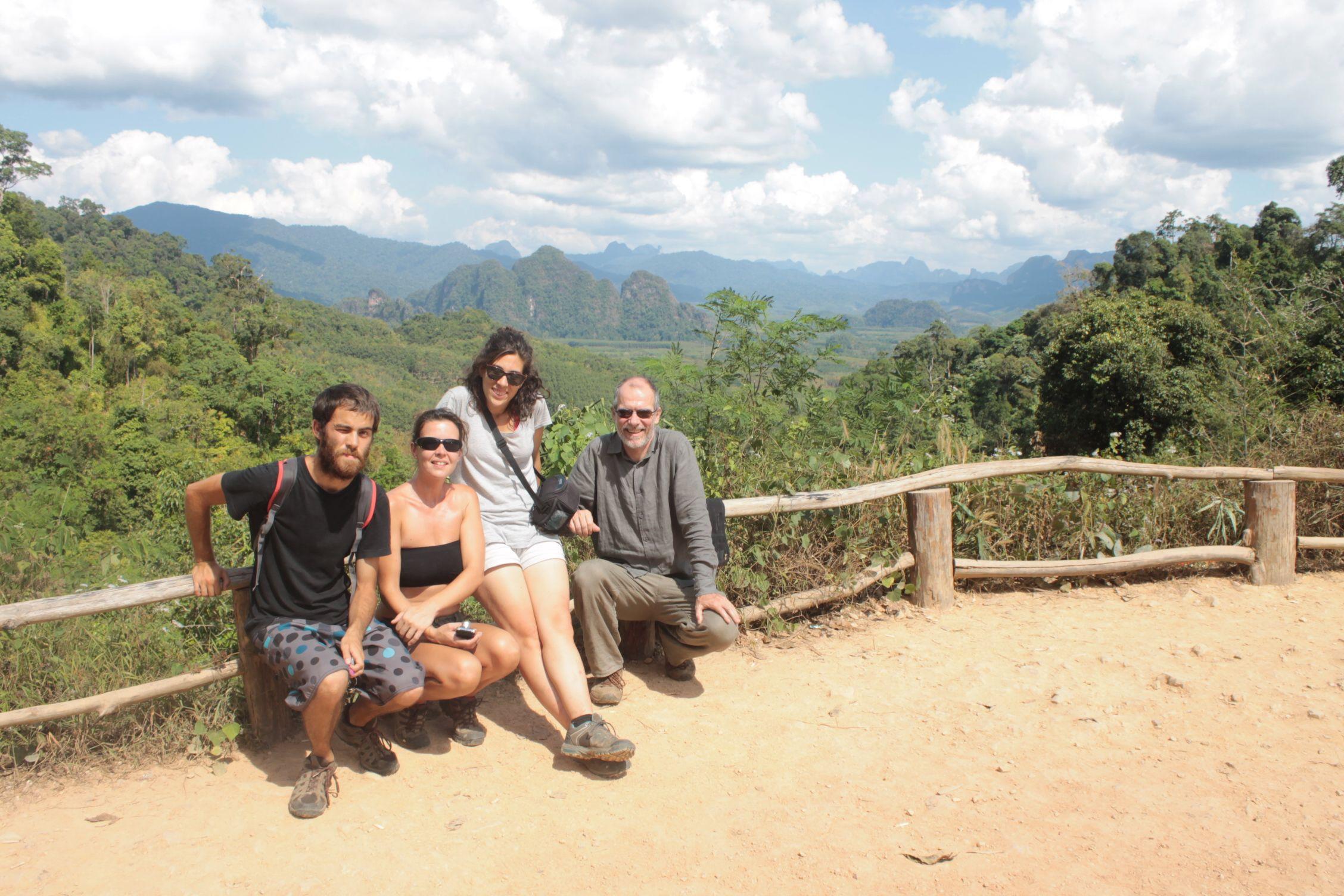 Haciendo turismo con Laurent y Orian (otros voluntarios)