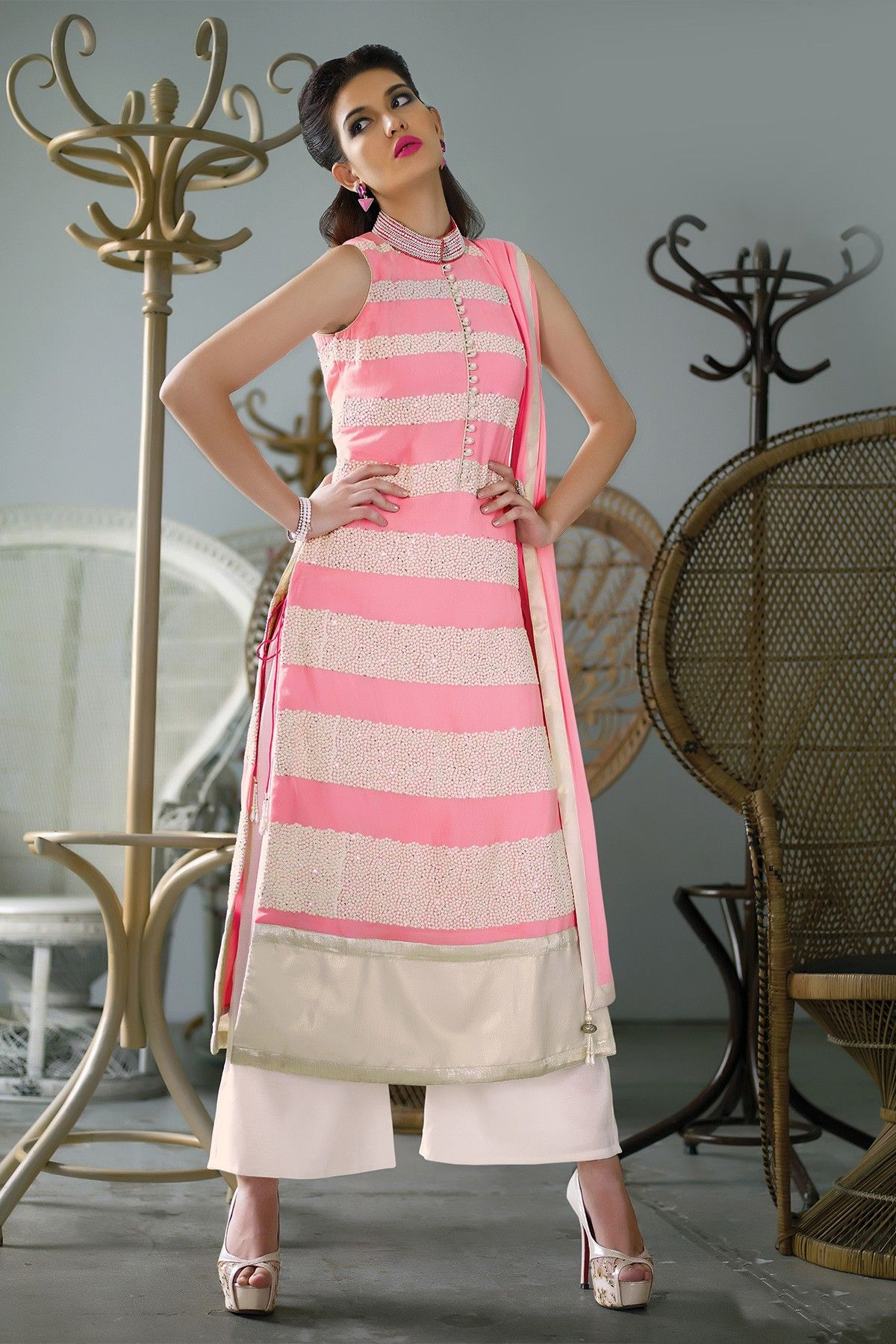 Pink & #white georgette sleeveless #thread worked tantalizing kameez ...