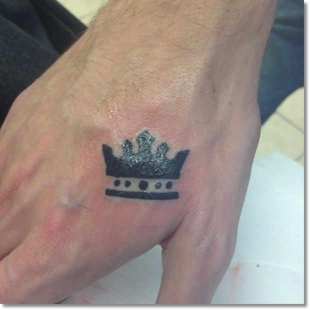 83 Small Crown Tattoos Ideas You Cannot Miss Small Tattoos For Guys Hand Tattoos For Guys Tattoos For Guys