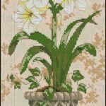 "Free  floral cross-stitch pattern ""Amaryllis"""