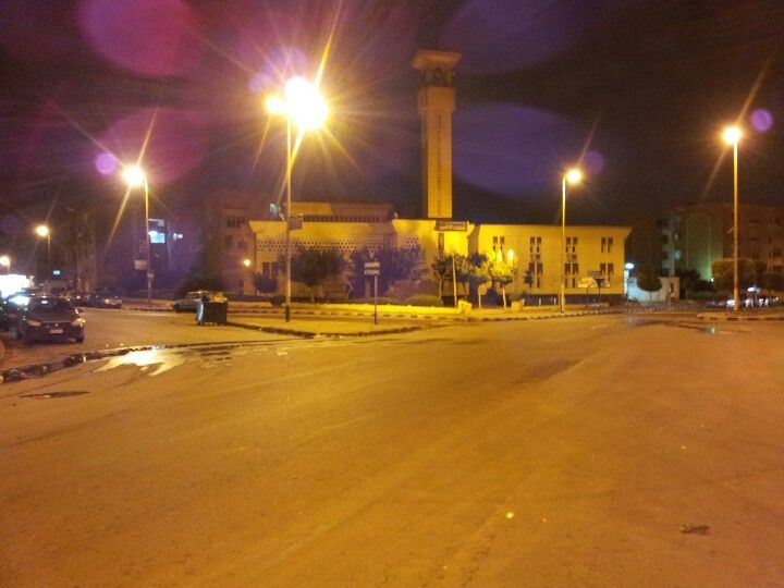Quiet night in ghost town