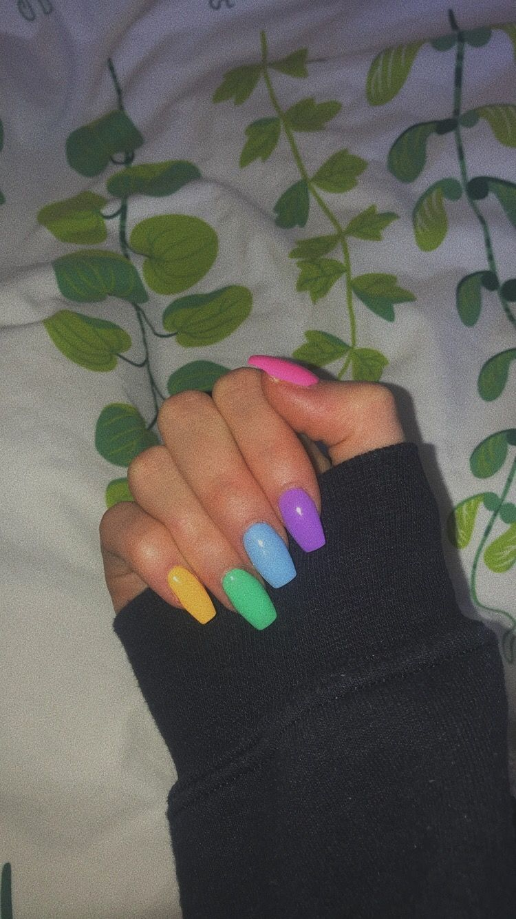 Multi Colour Aesthetic Acrylic Nail Ideas Summer Acrylic Nails