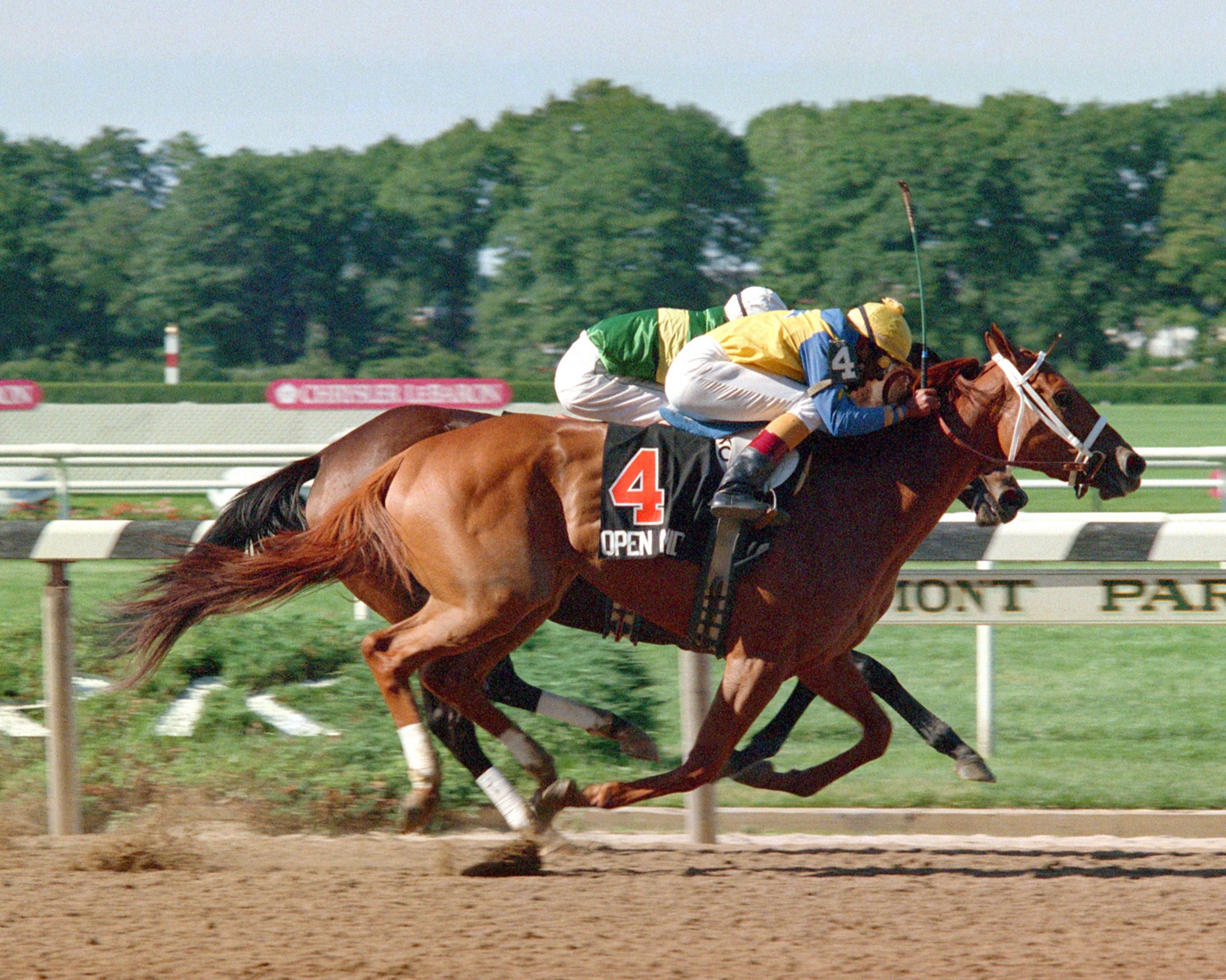 Open Mind. Won the Filly Triple Crown in 1989