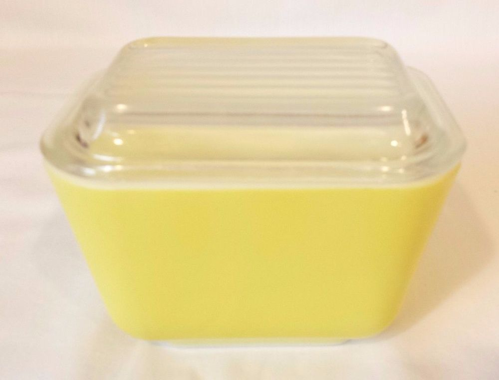 Yellow Pyrex Refrigerator Dish With Lid 1 1 2 Cup 501 B Vintage Pyrex Pyrex Vintage Dishes