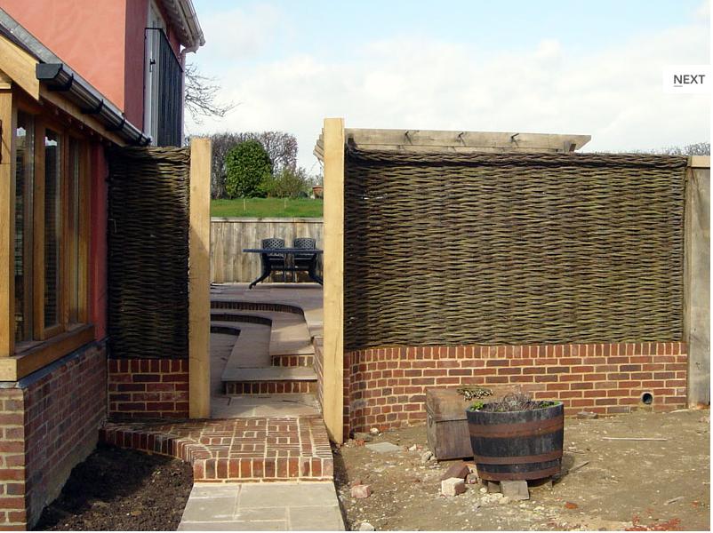 Wall Construction / Decor Patio, Outdoor decor, Lattice
