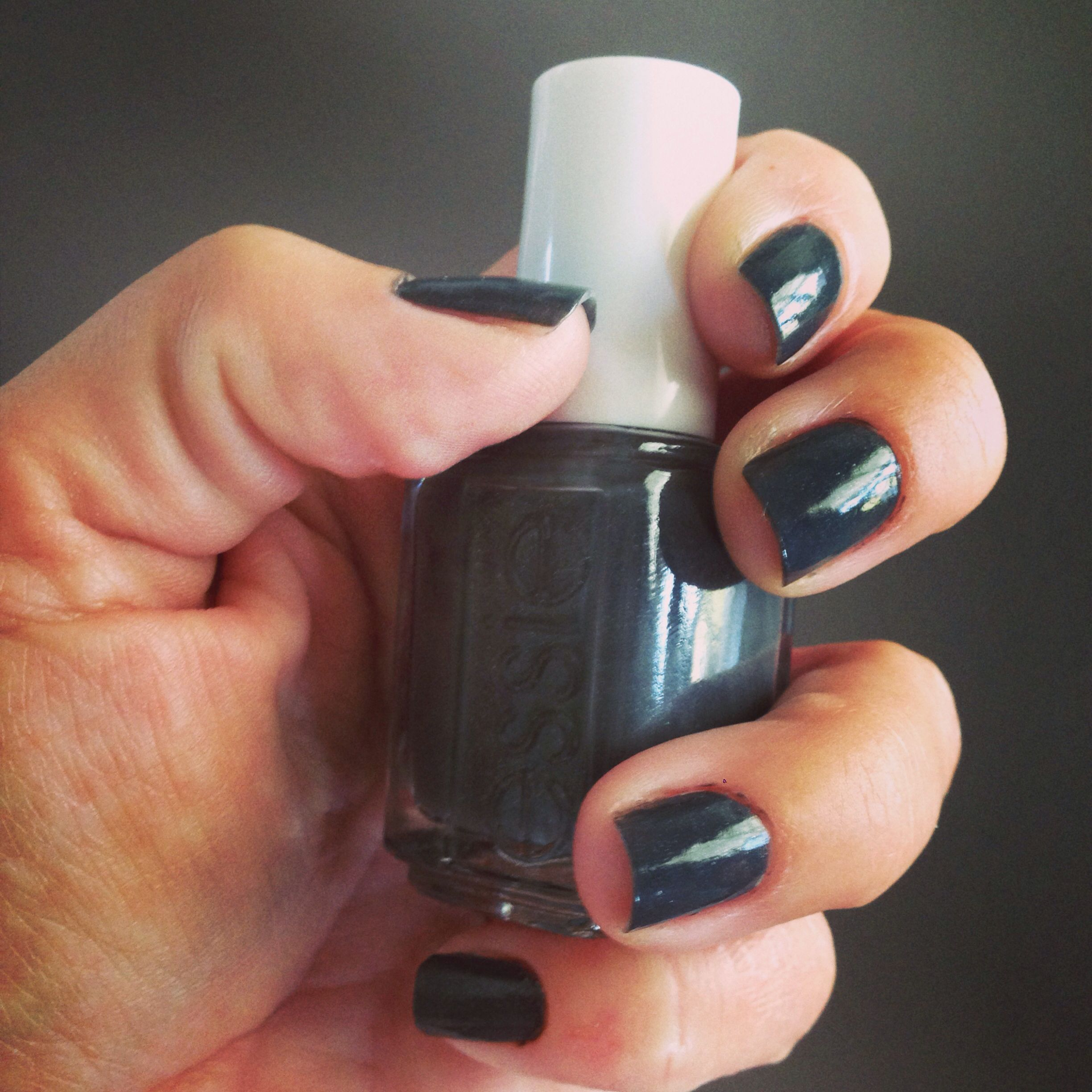 Essie nail polish: cashmere bathrobe | Nails | Pinterest | Essie ...