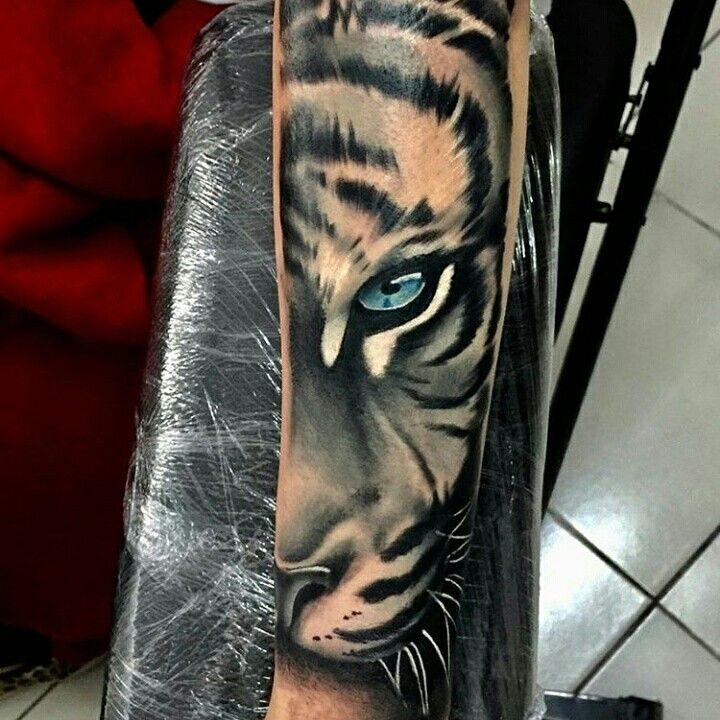Pin By Tony Matomaki On Tattos Tiger Tattoo Picture Tattoos Tiger Tattoo Sleeve
