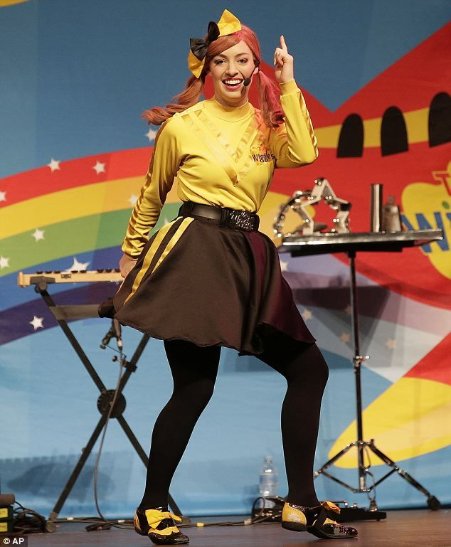 She Wore A Yellow Ribbon How The First Female Member Of