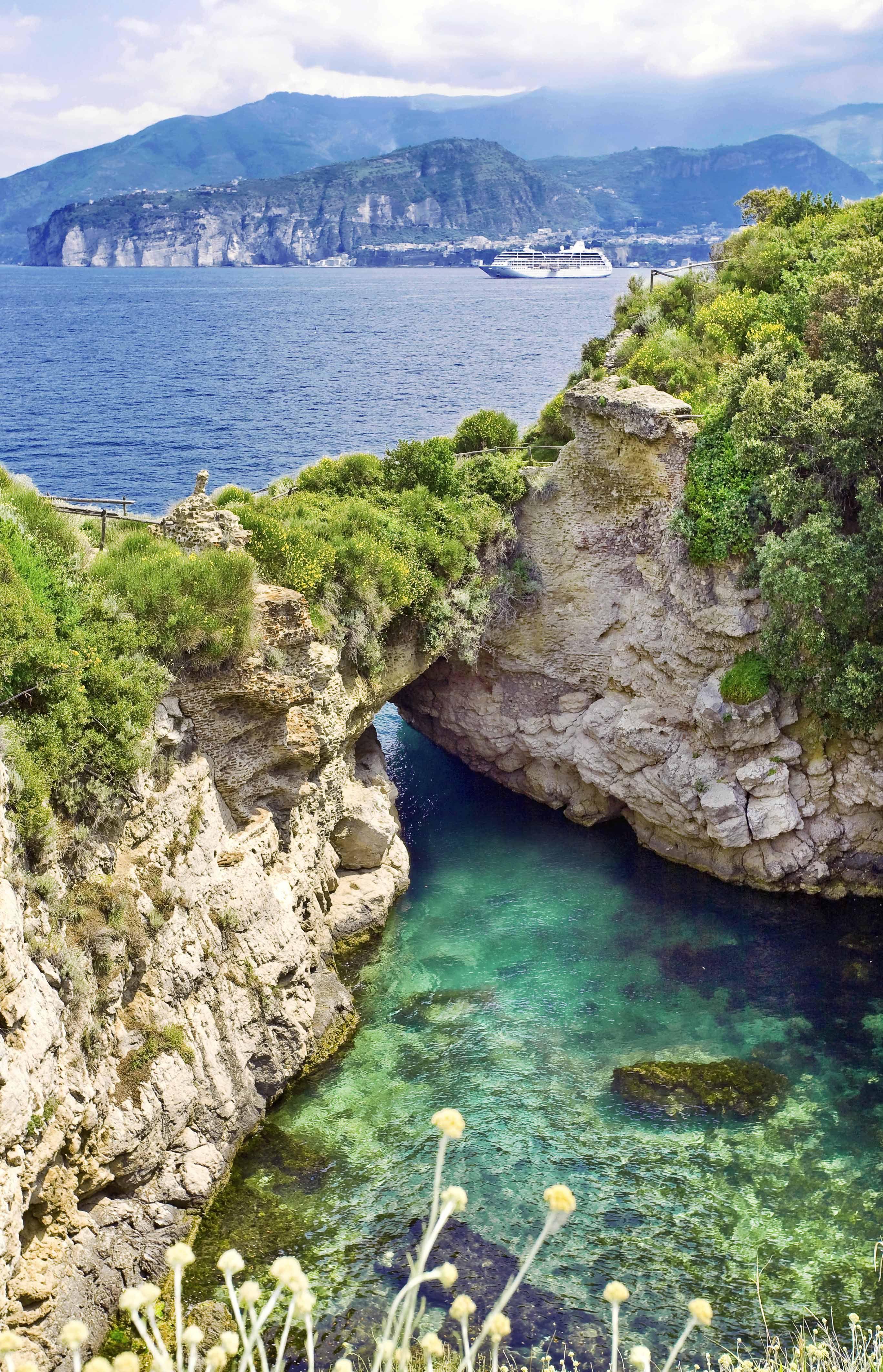 Italia, Sorrento, villa Pollio Felice, detta anche bagno della ...