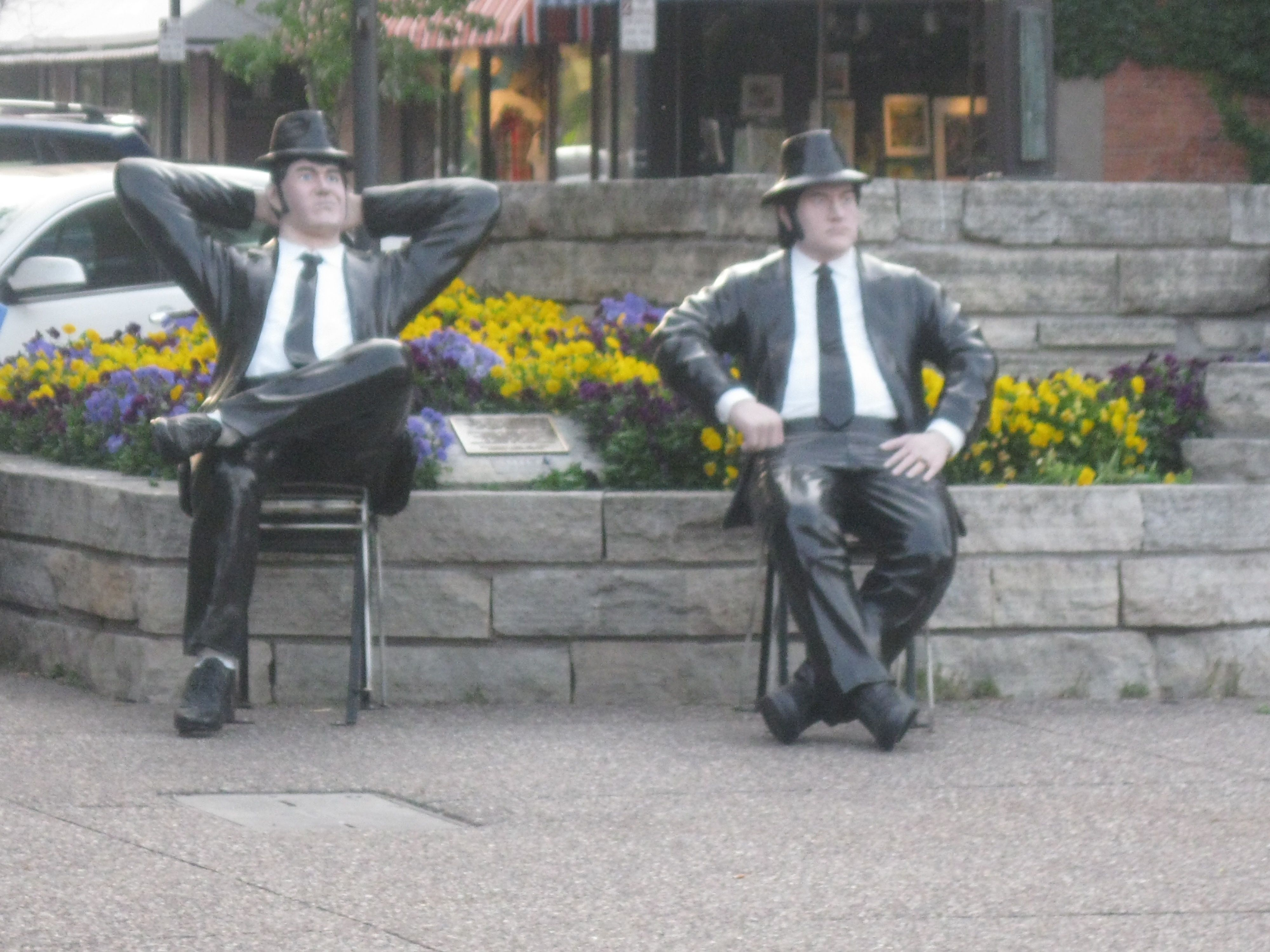 chinese kitchen rock island il jake and elwood statues in downtown rock island illinois 8205