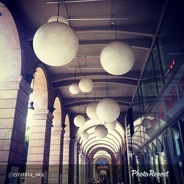 """#Torino raccontata dai cittadini per #inTO. Foto di cristina_ska """" Passeggiando per le vie di Torino con il naso all'insù ..."""""""