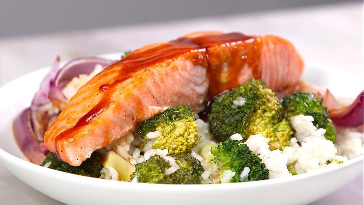 Glazed Salmon With Broccoli Rice Recipe Recipe Easy Salmon Recipes Salmon Recipes Soy Recipes