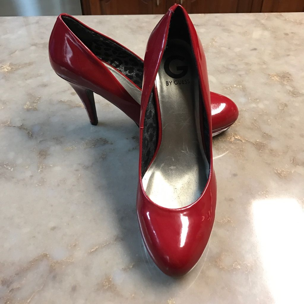 Red Heels By Guess In 2020 Guess Shoes Red Heels