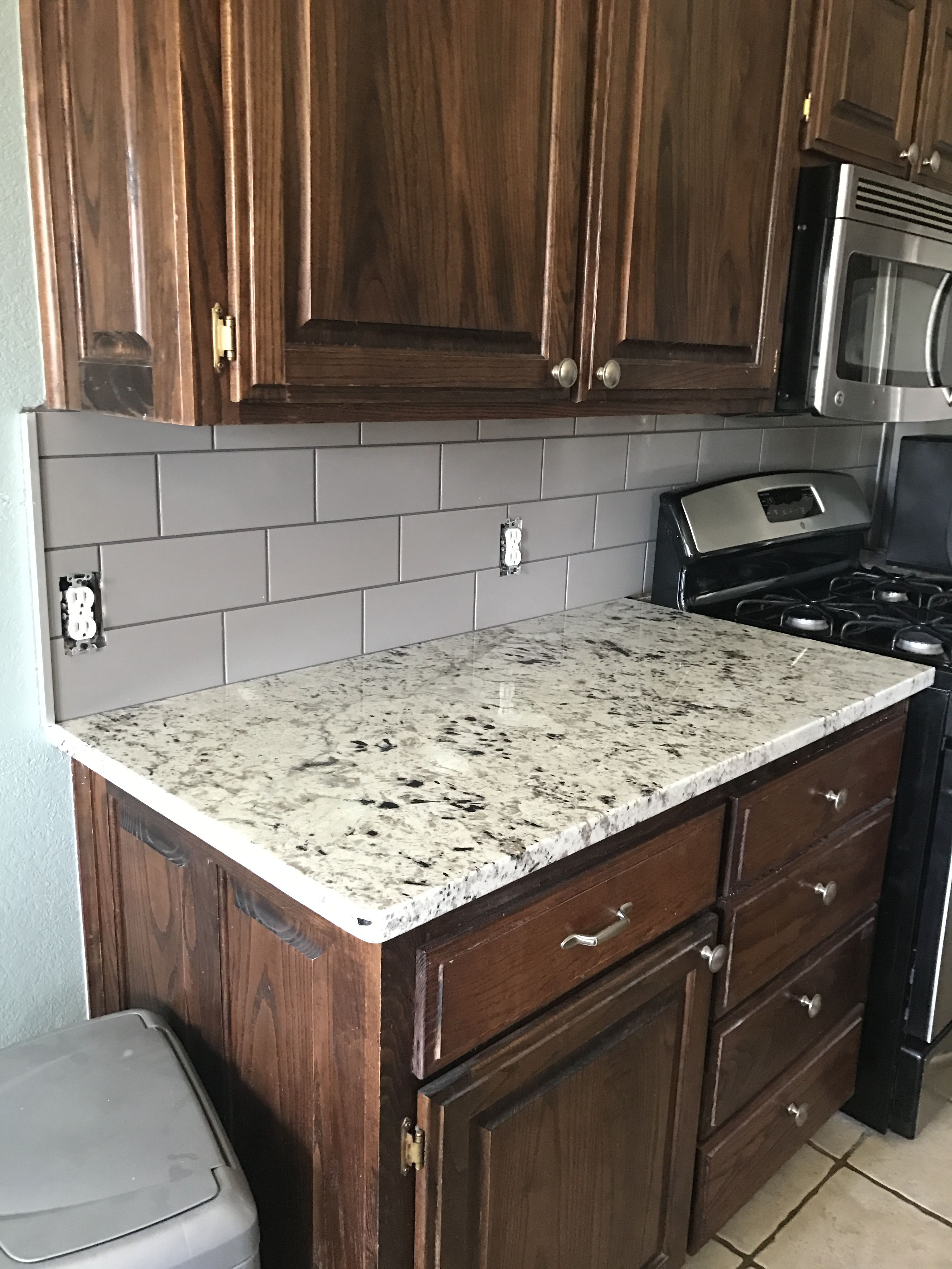 Taupe backsplash and white galaxy granite | Kitchen reno | Pinterest ...
