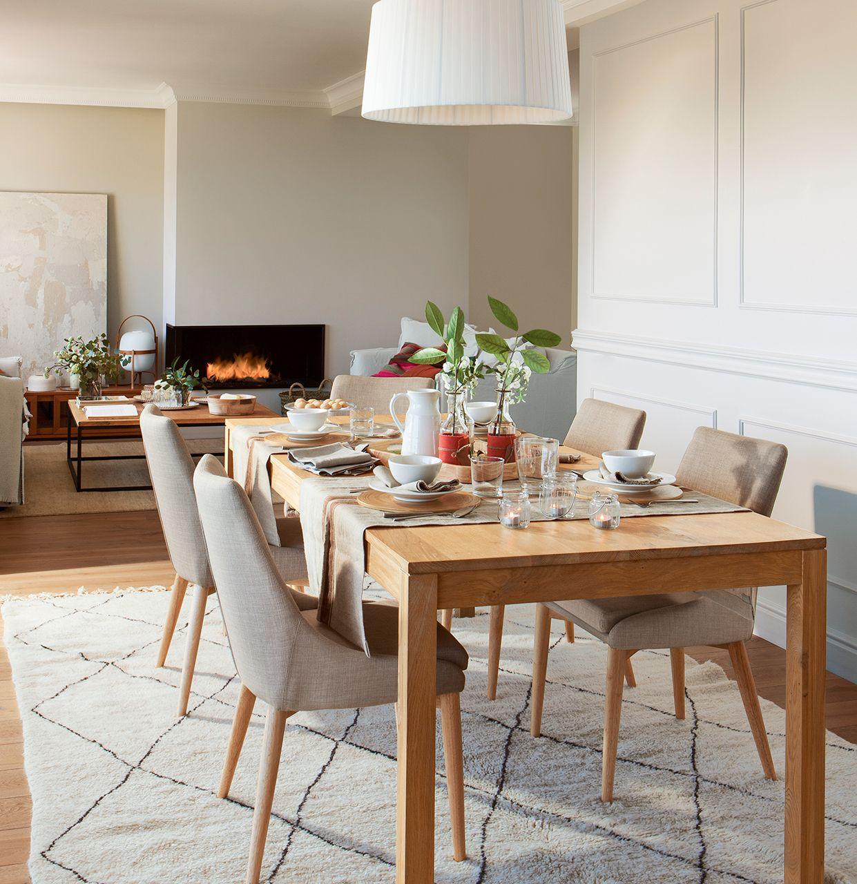 Comedor con l mpara de pantalla y alfombra beige con for Comedores de vidrio