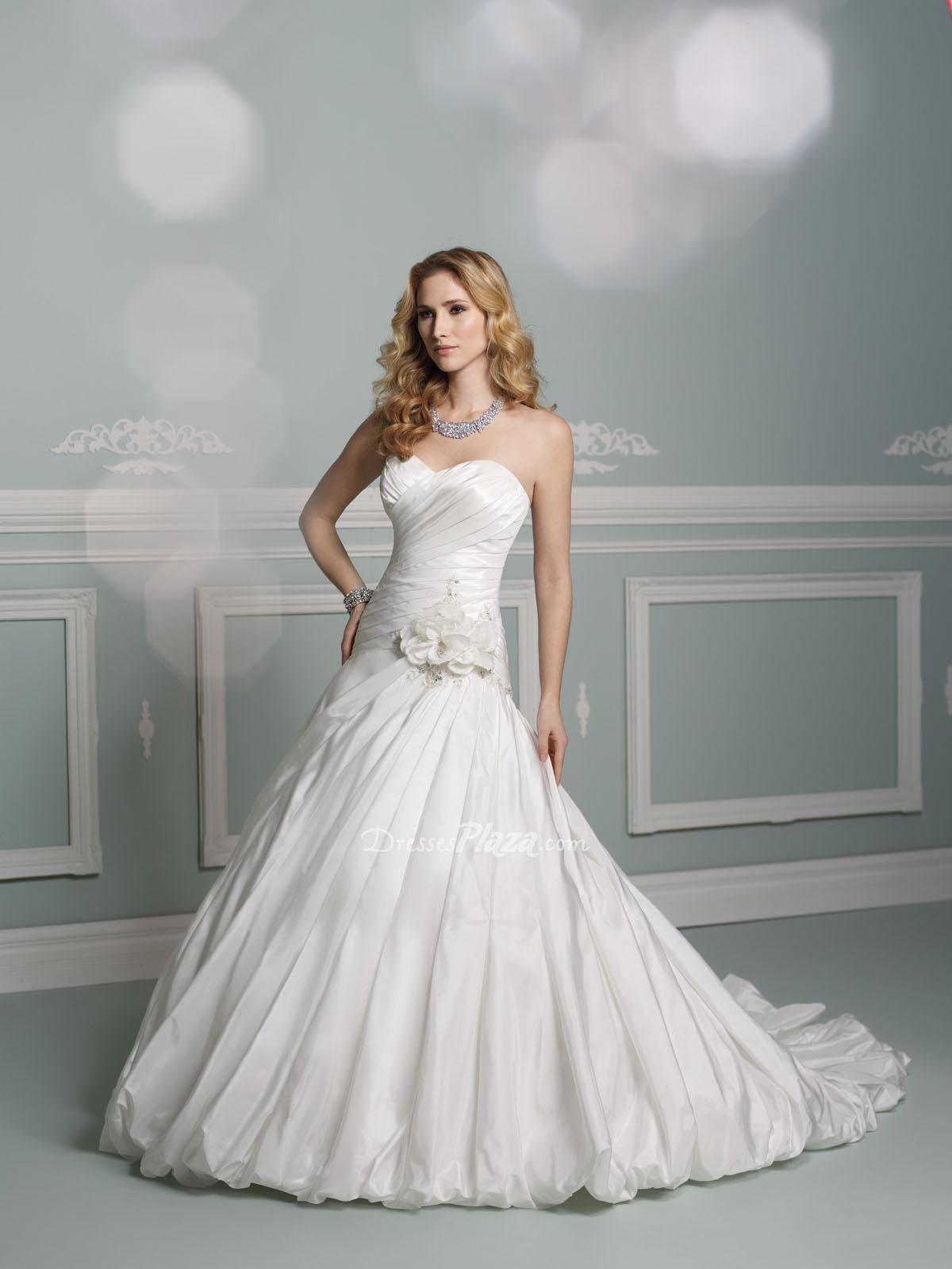 Taffeta Strapless A Line Sweetheart Bubble Hem Flower Pleated Wedding Dress