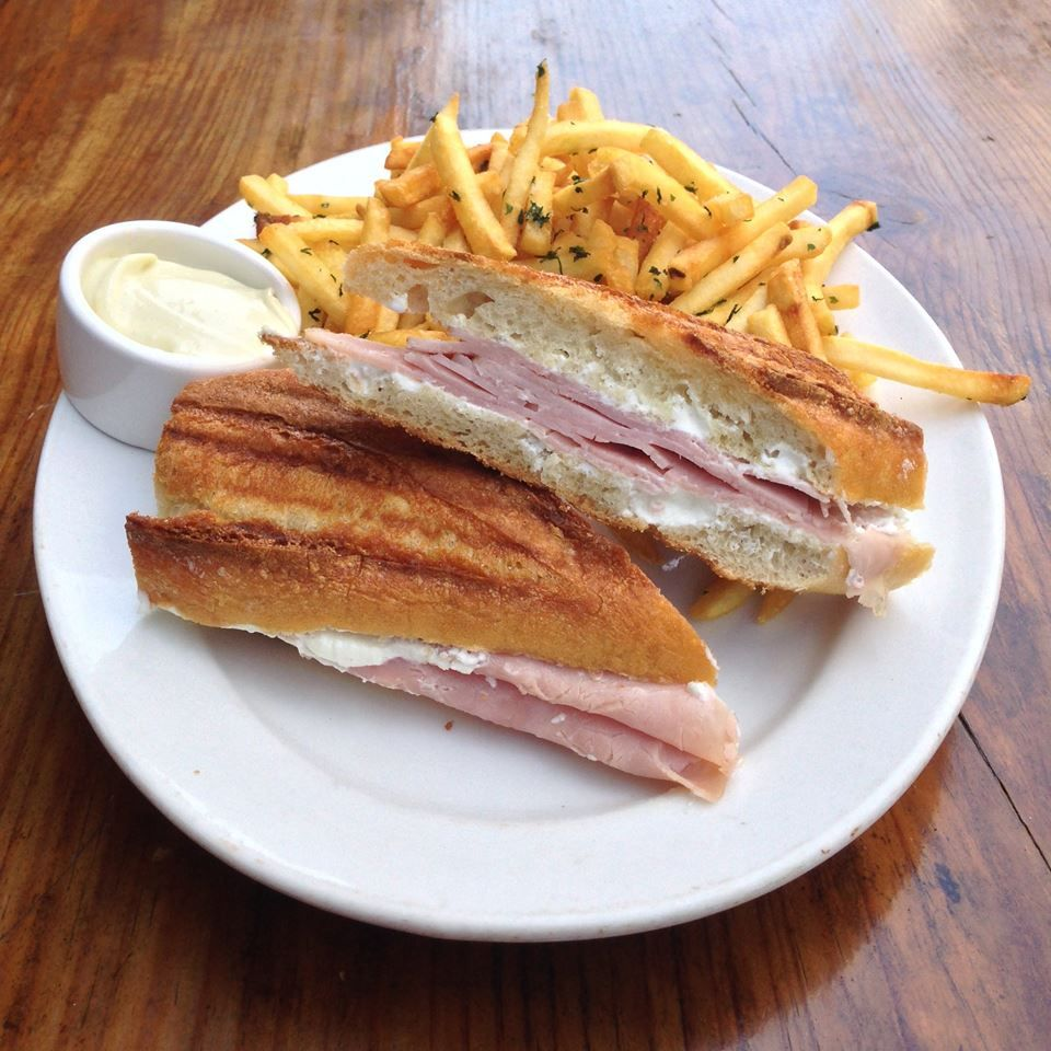 Jambon et Chèvre: the best ham & cheese anywhere. And the fries!! :)