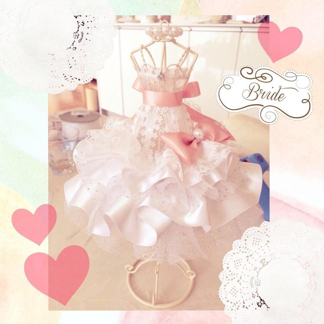 100均素材で作れる 花びらドレスのミニトルソーが可愛い Marry マリー