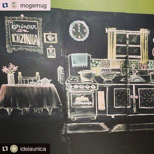 Brincando de cozinhar. Desenho em giz feito a para a @mogemug Painel de quadro negro @ideiaunica. #Repost ...