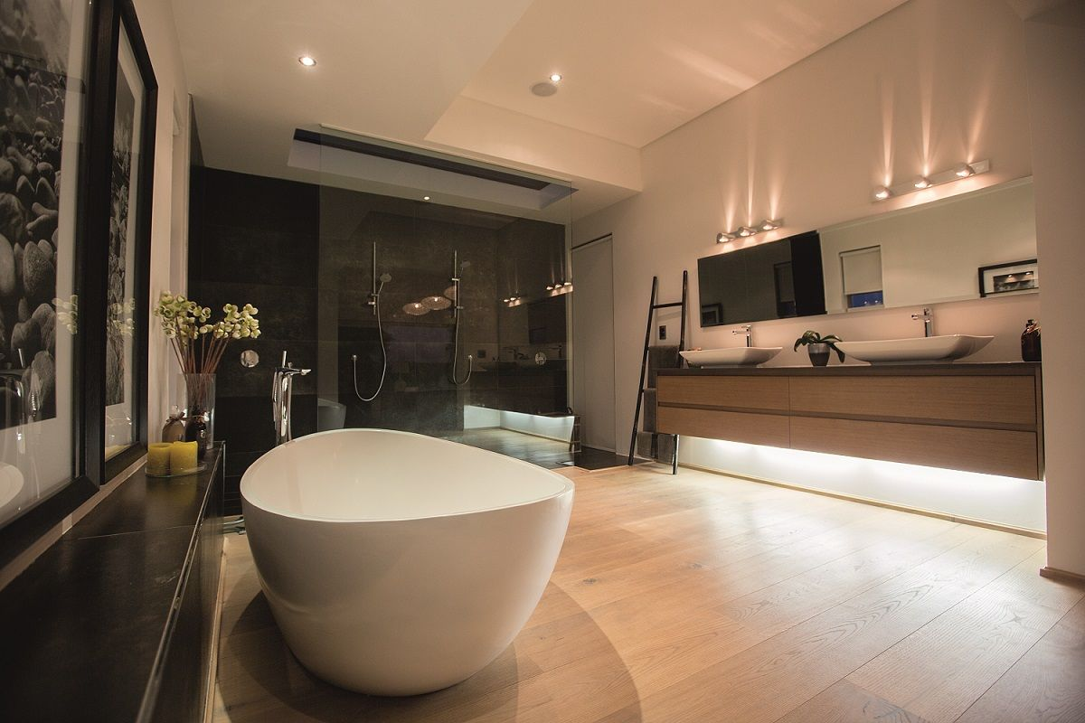 OAK Country, brushed, 1x natural oiled, 1x white oiled I Bathroom I natural wood floors I mafi.com