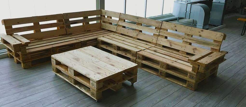 Palettenmobel Selber Bauen Sitzecke Mit Tisch Bau Und Mobeltischlerei Wendt In 2020 Palettenmobel Selber Bauen Mobel Aus Paletten Paletten Mobel Bauen