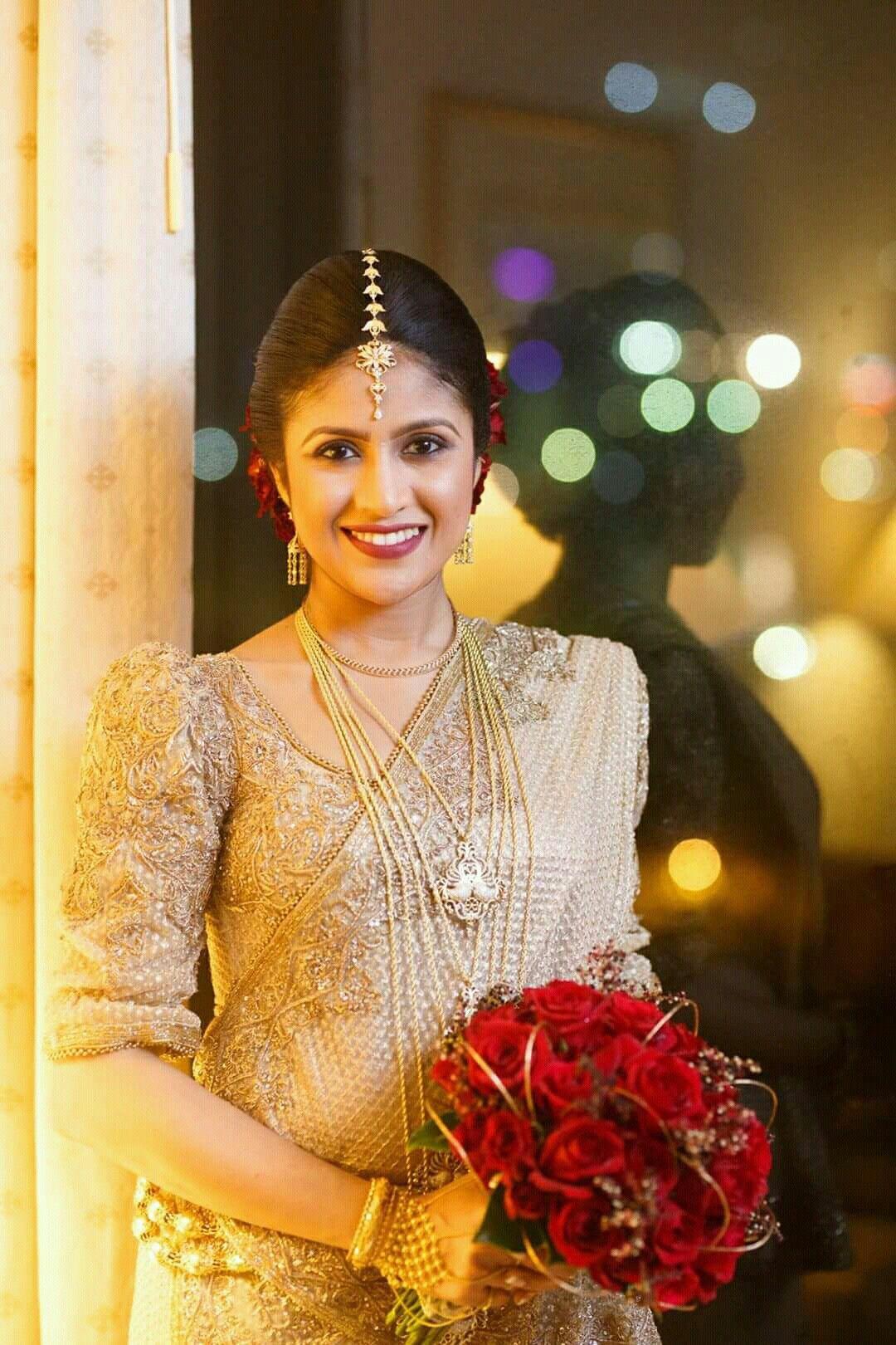 dressed by dhananjaya bandara | kandyan brides in 2019