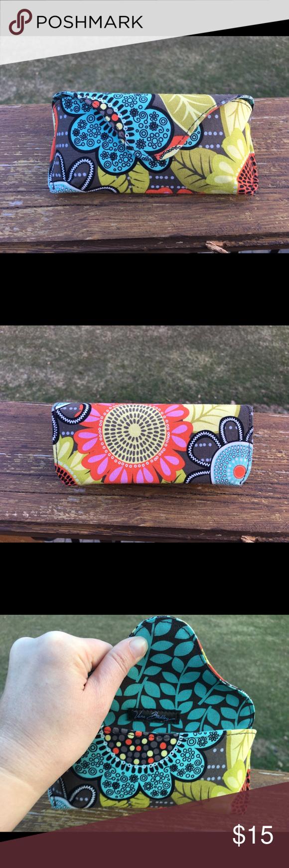 Vera Bradley Hard sunglasses case. Flower power print. Barely used sunglasses case, in great condition. Vera Bradley Accessories Sunglasses