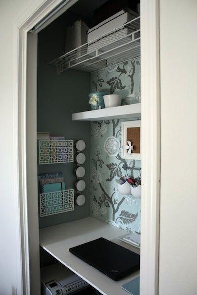 bureau dans un placard pour la maison pinterest. Black Bedroom Furniture Sets. Home Design Ideas
