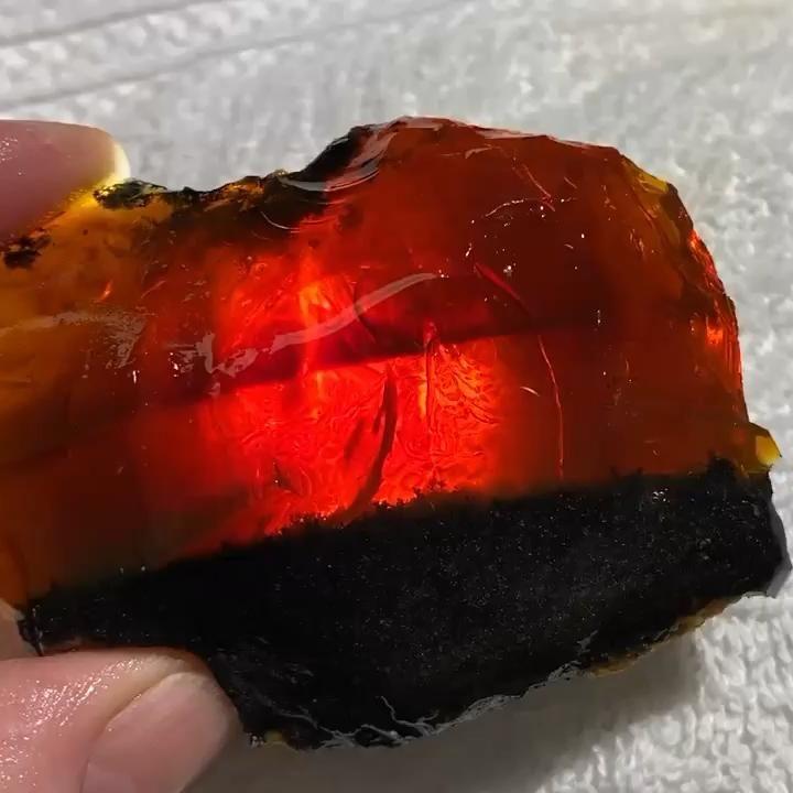 Photo of 95 Gram Oregon Chocolate Fire Opal on Matrix Specimen from Outlaw Rocks