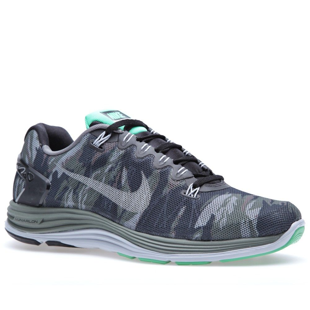 Nike Lunar 5 EXT Camo feature flywire technology, stable and flexible heel  support, and