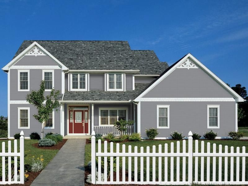 Certainteed Vinyl Siding Arctic Blend White Trim With Scallops As Accent Vinyl Siding House House Exterior Exterior Vinyl Siding Colors