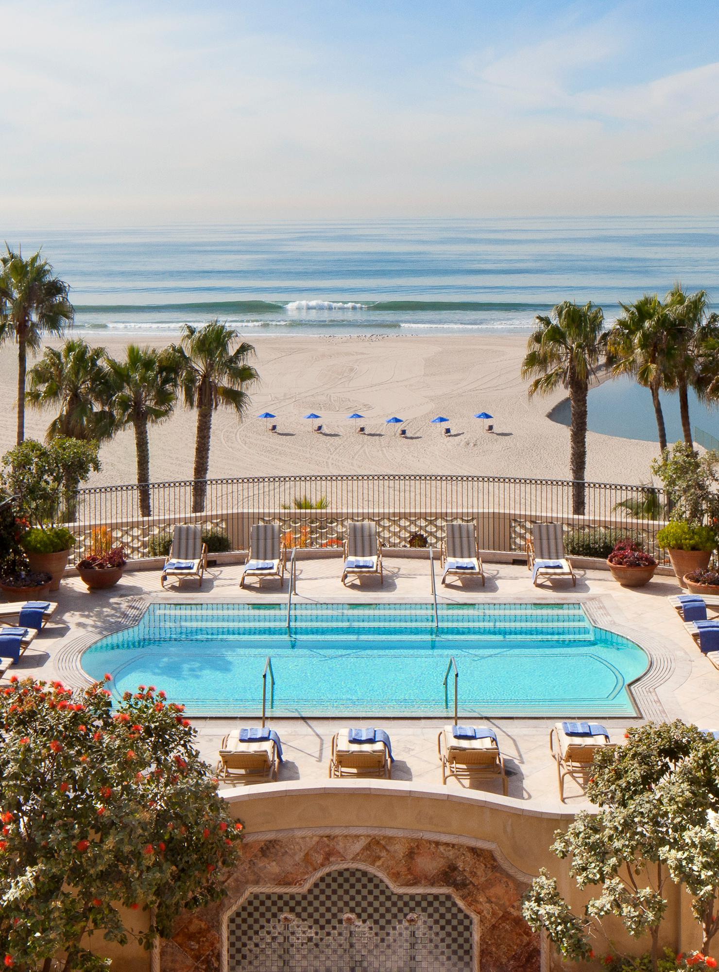 Win A Trip For Two To Santa Monica Get Airfare A Stay At Hotelcasadelmar More Http R29 Co 28j Los Angeles Hotels Santa Monica Hotels Top Luxury Hotels
