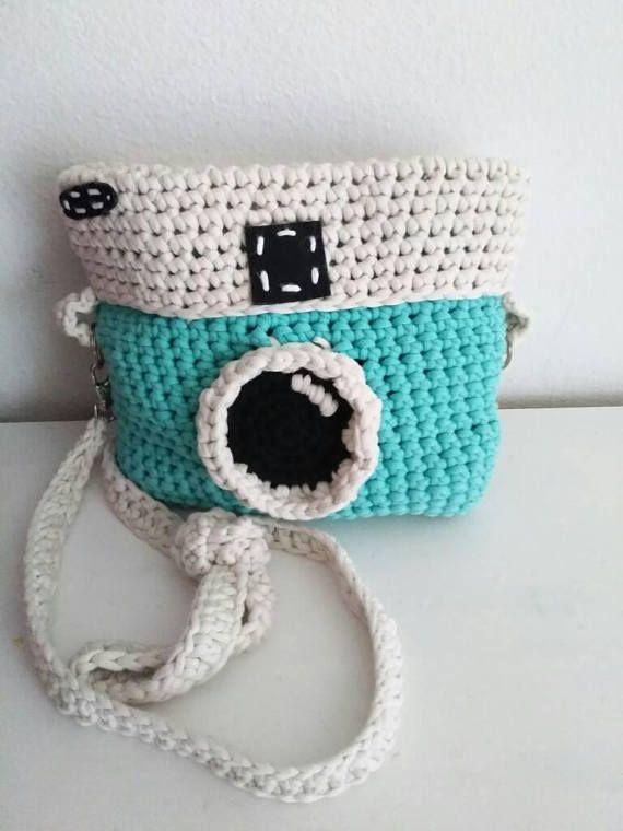 Crochet Camera Purse Pattern-Crochet Instagram Purse-Crochet Pattern Bag- Camera Crochet Pattern- Crochet purse pattern- Camera Bag Pattern #camerapurse