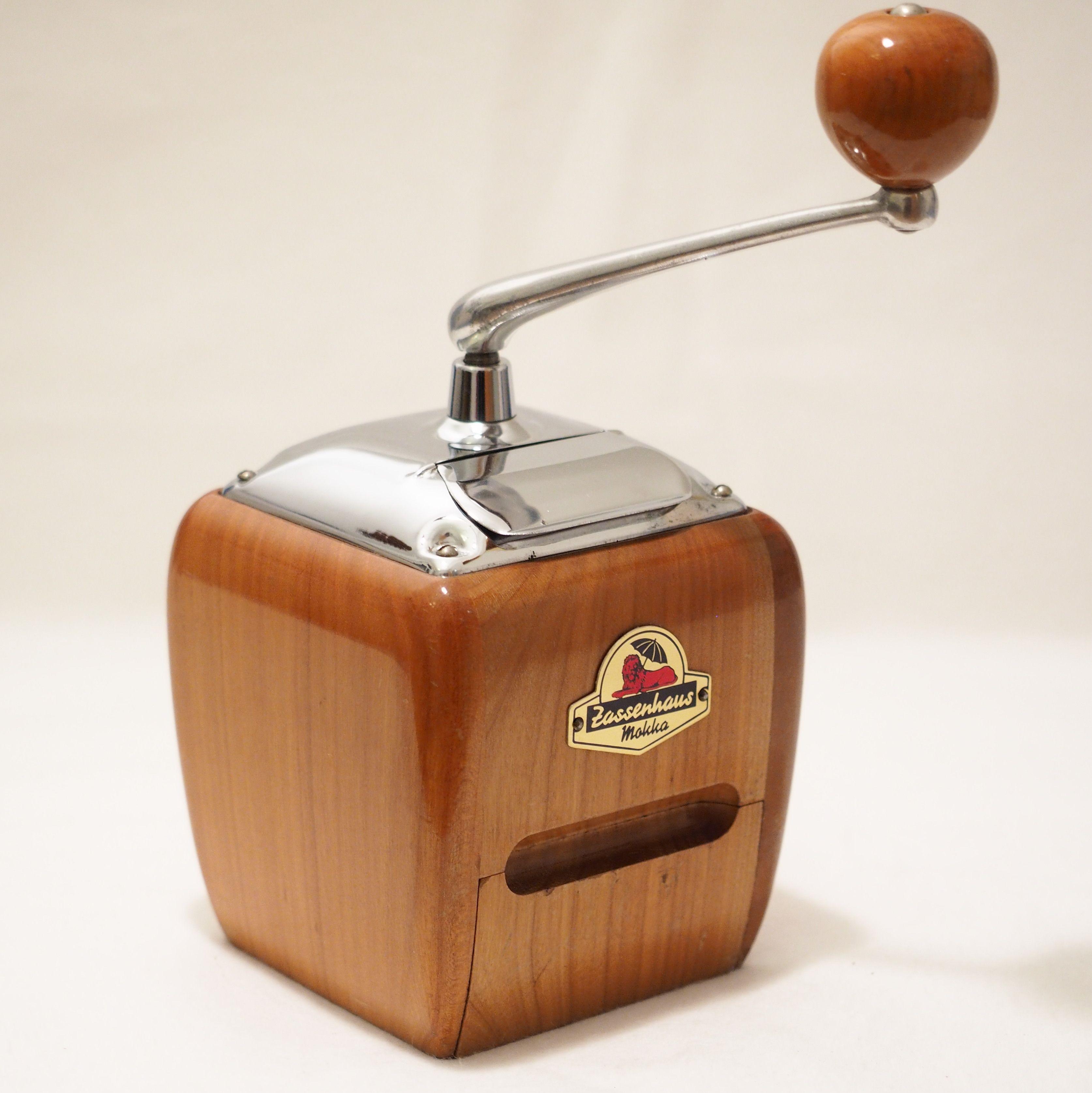 Vintage German Coffee Grinders The Legandary Zassenhaus Brillant 531 In 2020 Coffee Grinder Vintage Manual Coffee Grinder Coffee
