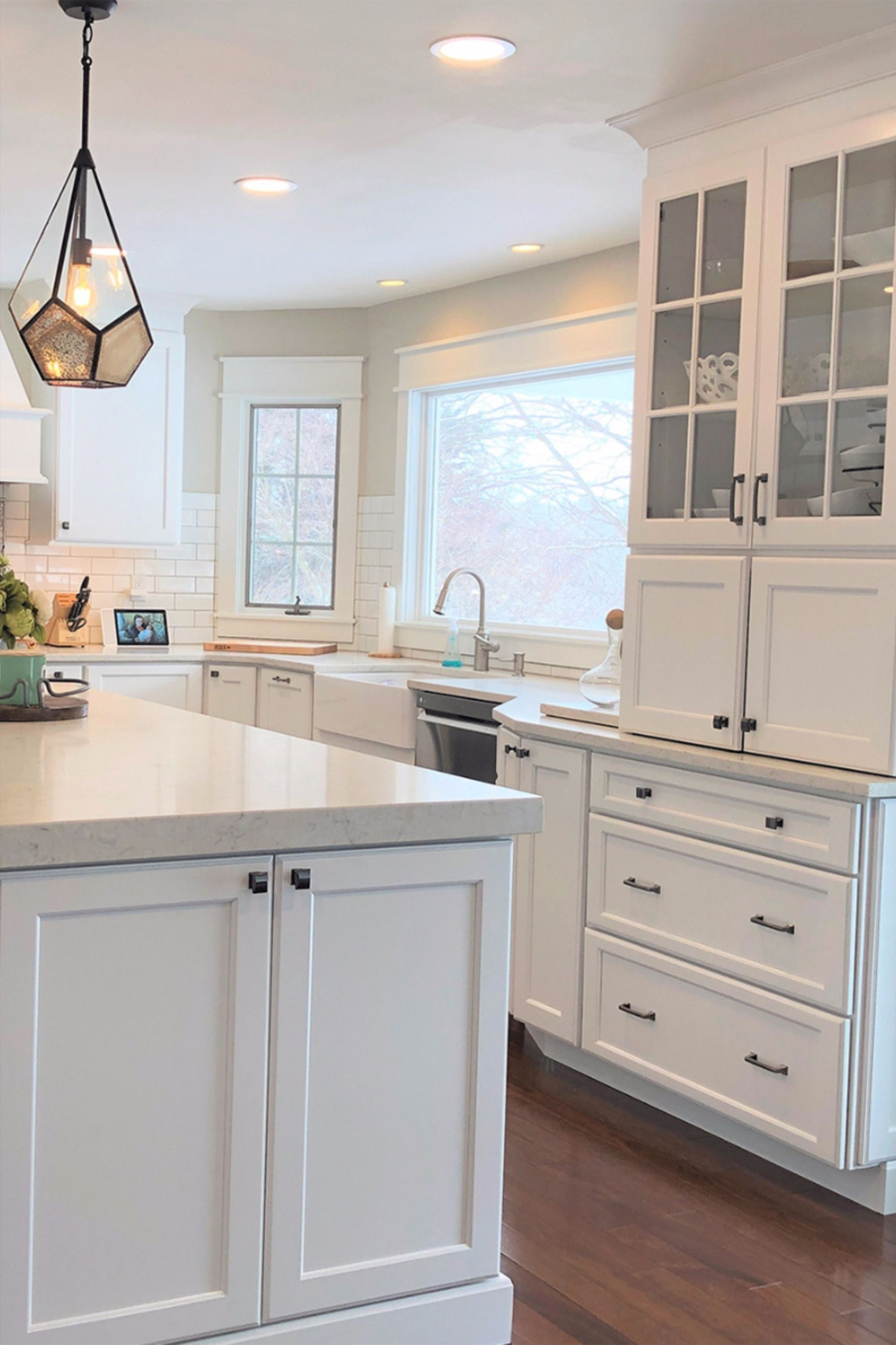 This Timeless White Kitchen Features An Abundance Of Stylish