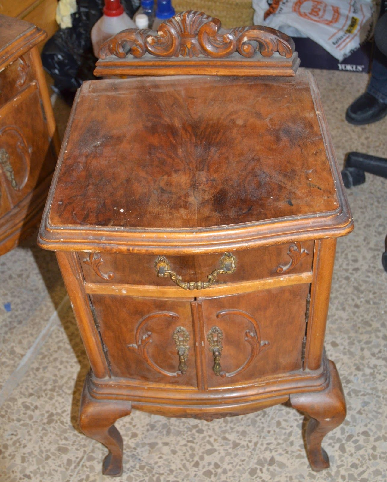 Taller de restauraci n lila mesita de luz antigua restaurada brico muebles muebles - Taller de restauracion de muebles ...