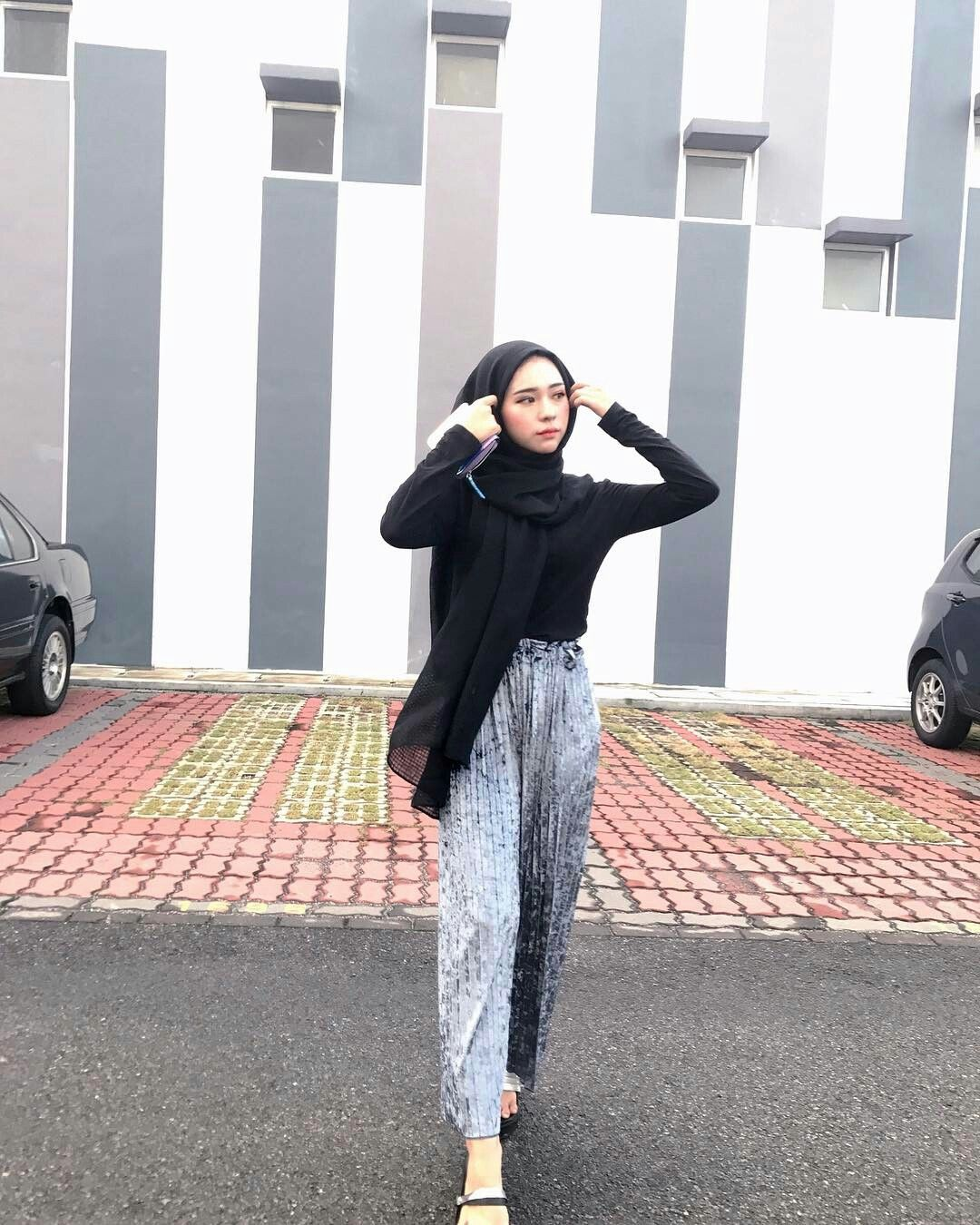 215c42842c PINNED BY  MUSKAZJAHAN - Casual Hijab Outfit