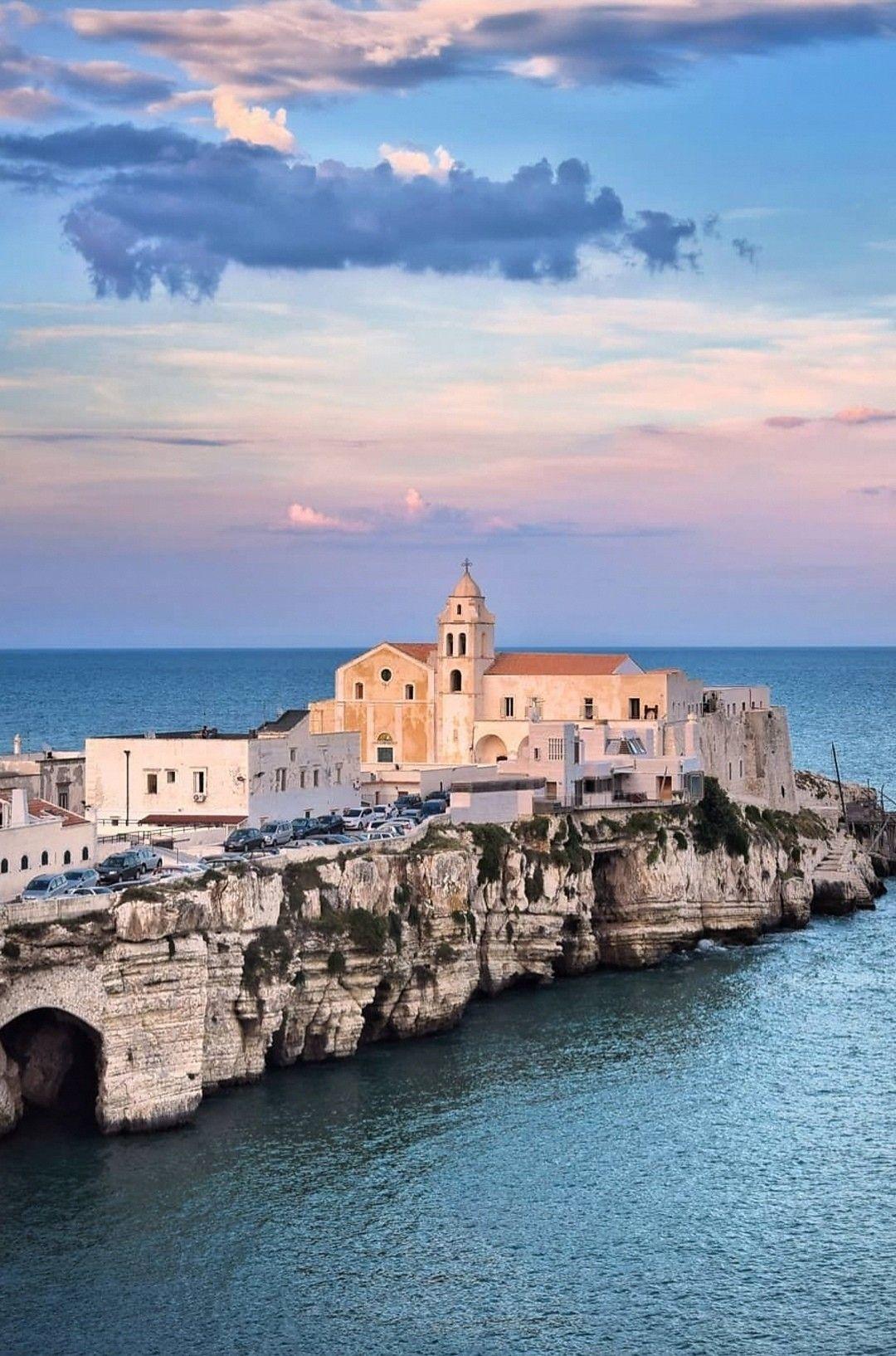 Vieste Vacanze in italia, Viaggiare in italia e Italia