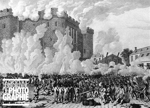 Prise de la Bastille. Paris, le 14 juillet 1789. D'après une gravure hollandaise de l'époque ...