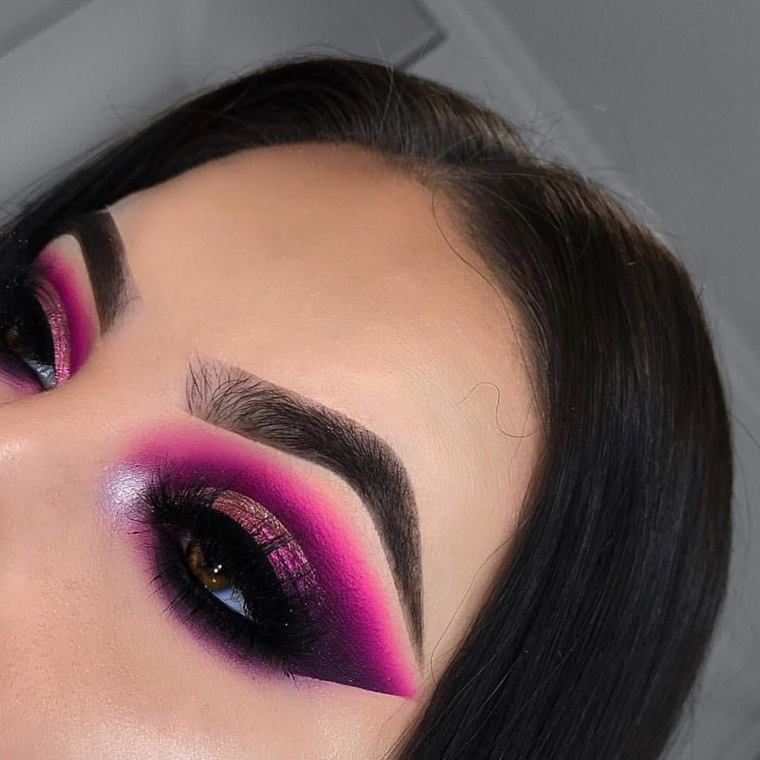 """EMILY RICHARDS on Instagram: """"Inspired by @makeupwithjah✨ - DETAILS: EYES- • @morphebrushes 35B Palette • @inglot_cosmetics 111 Pigment • @inglot_cosmetics Body Sparkles…"""""""