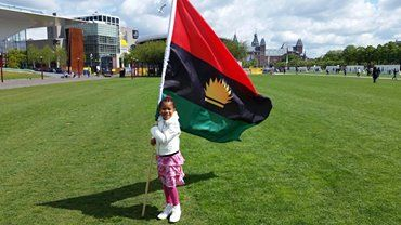 Lovely to hold the biafran flag a biafran kid news and interviewed lovely to hold the biafran flag a biafran thecheapjerseys Image collections