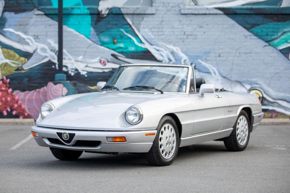 BaT Auction 1993 Alfa Romeo Spider Veloce at No Reserve