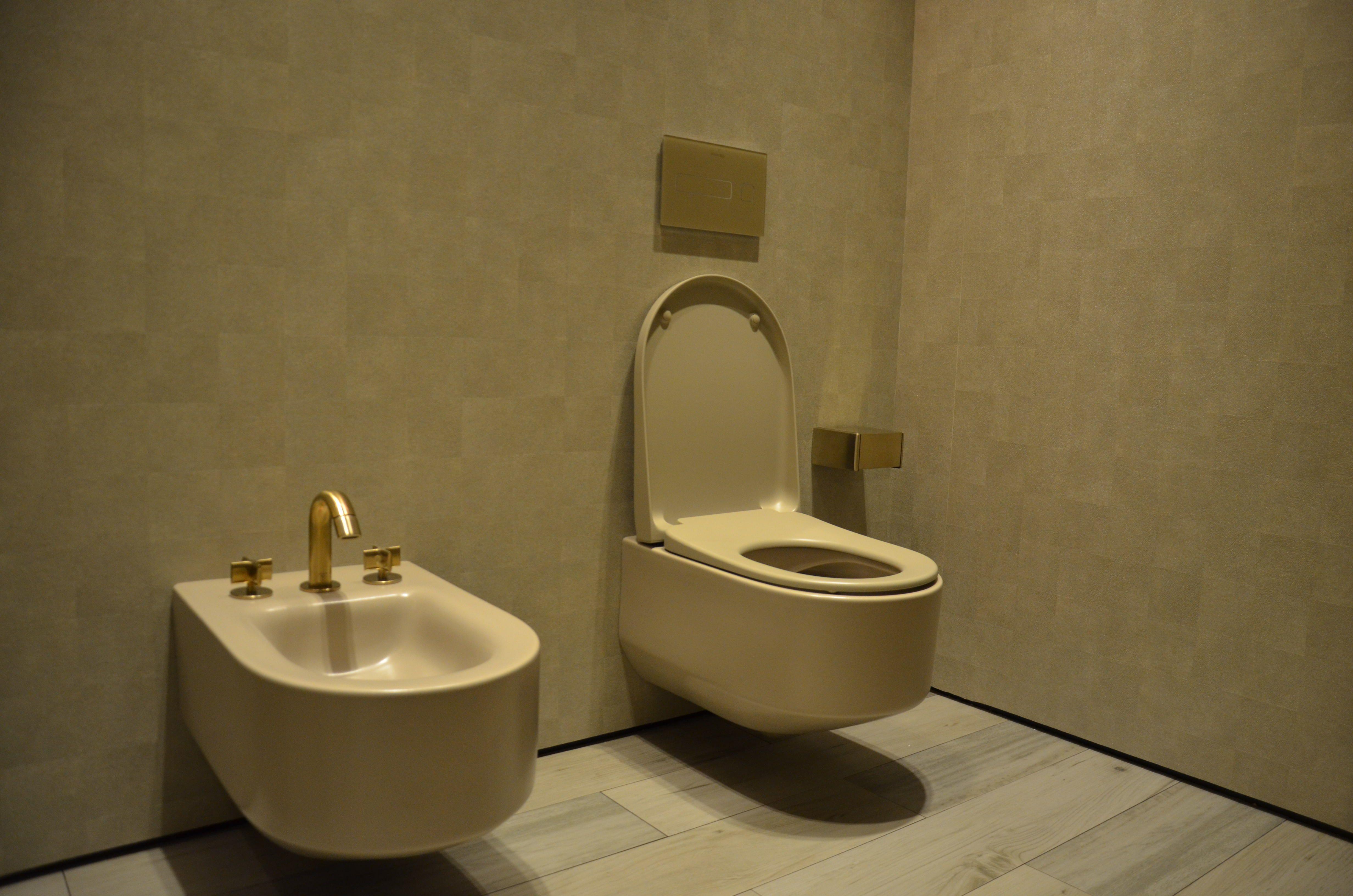 Vasca Da Bagno Roca Prezzi : Miscelatore per vasca con doccetta thesis miscelatore per vasca