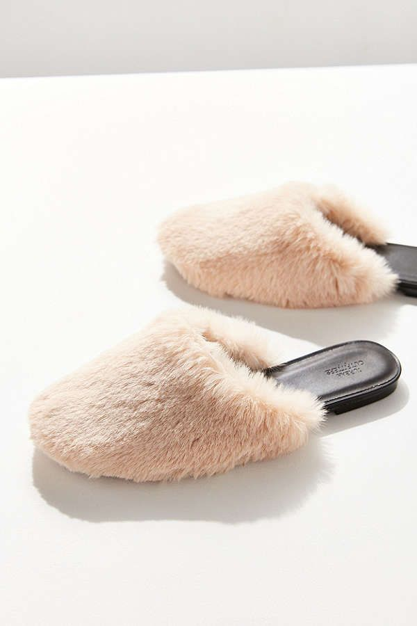 7a3b9774a UO Faux Fur Mule Slide | 1. wardrobe wishlist and inspiration casual ...