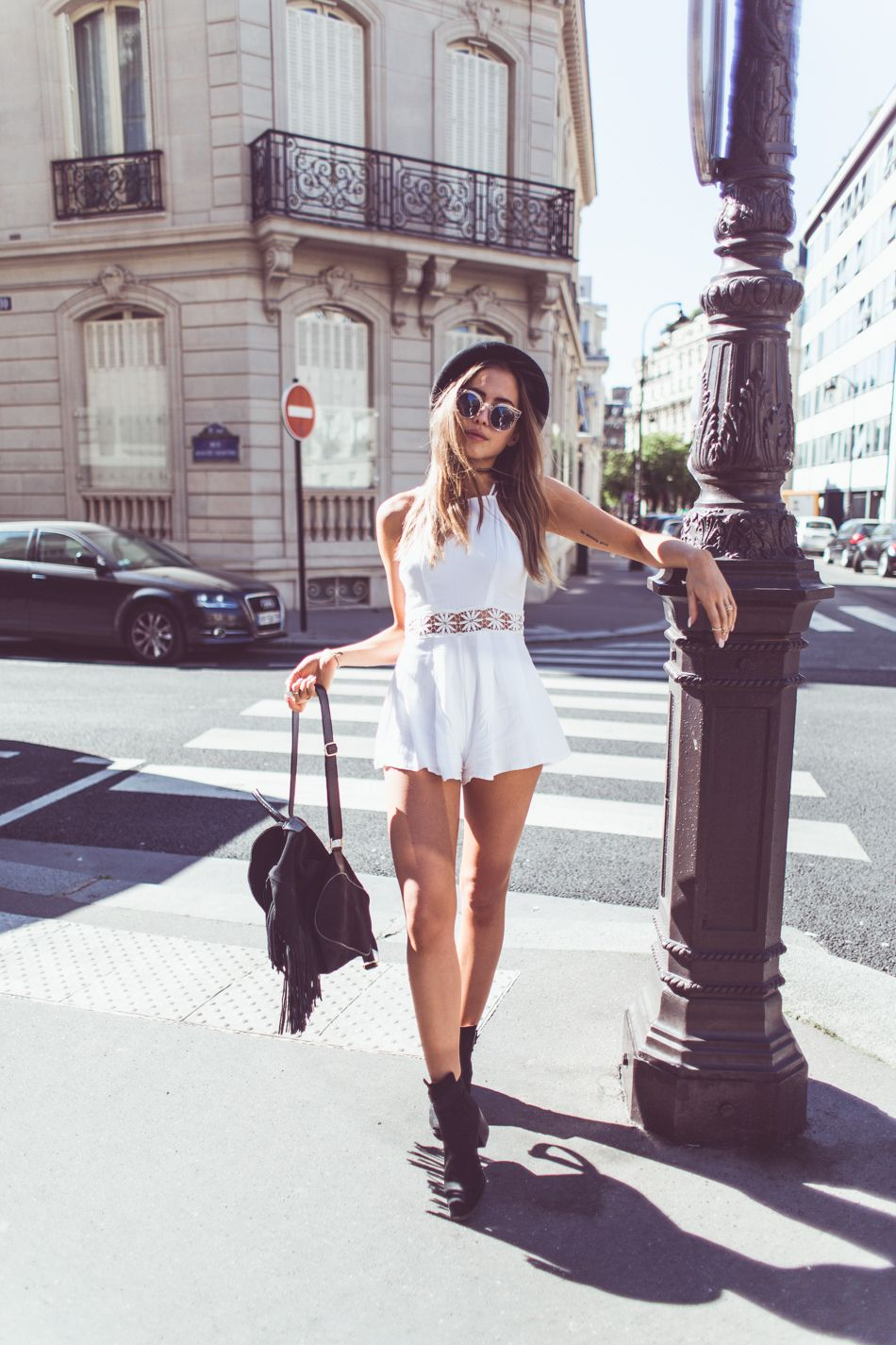 Bohemian style essentials kenza zouiten is wearing a chicy