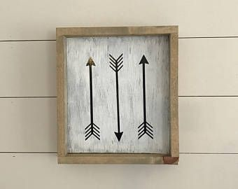 Rustic Frame 3 Arrows Wall Hanging Home Decore