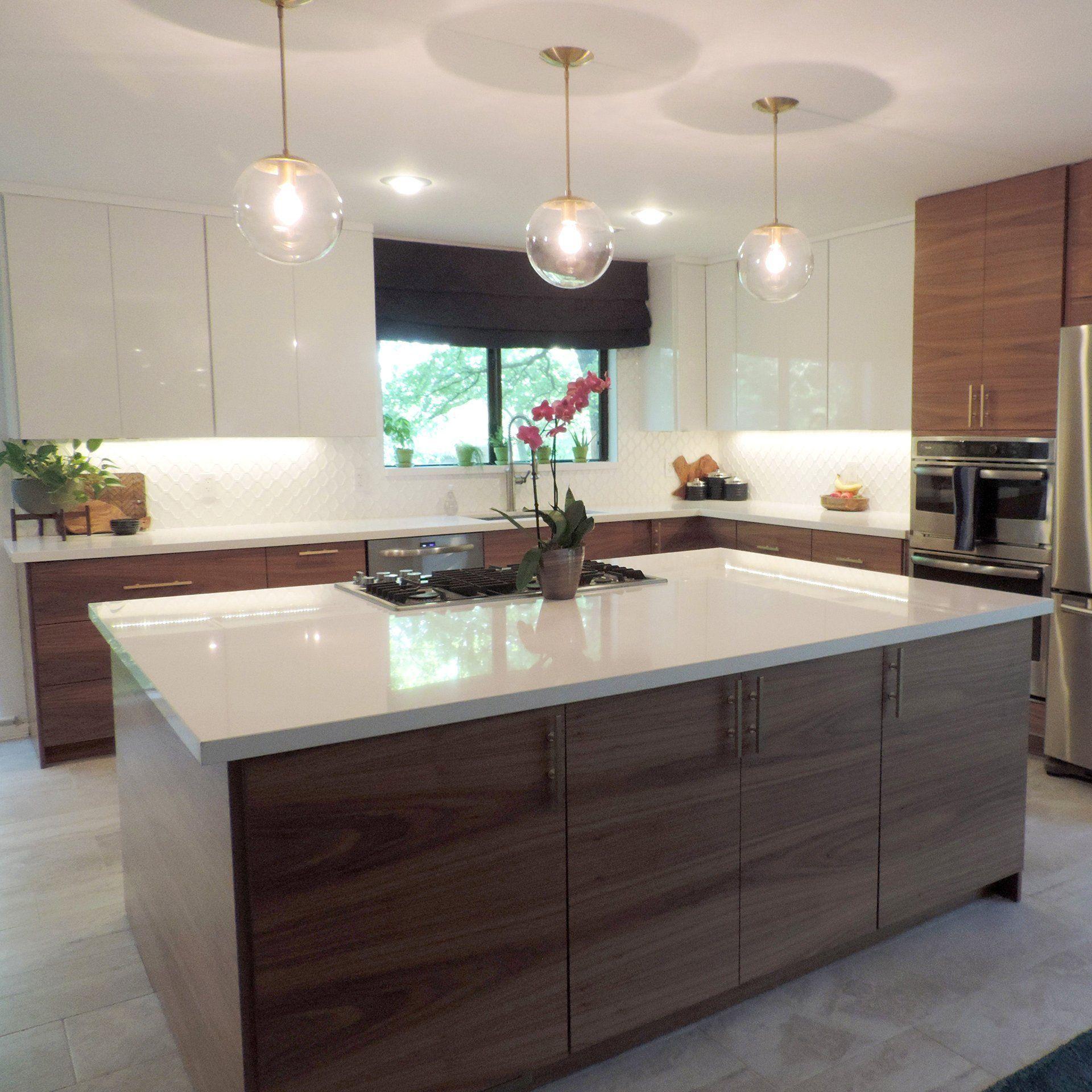 44 Best Kitchen Lighting Inspiration For Your Kitchen Modern