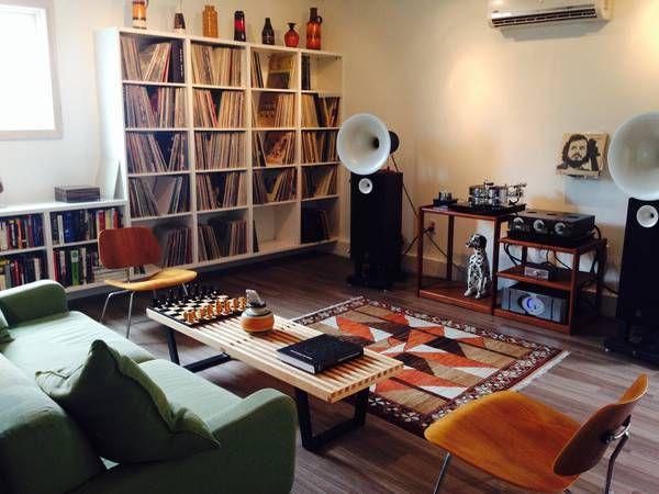 pingl par murat can sur record junkie pinterest meuble vinyle vinyles et systeme. Black Bedroom Furniture Sets. Home Design Ideas