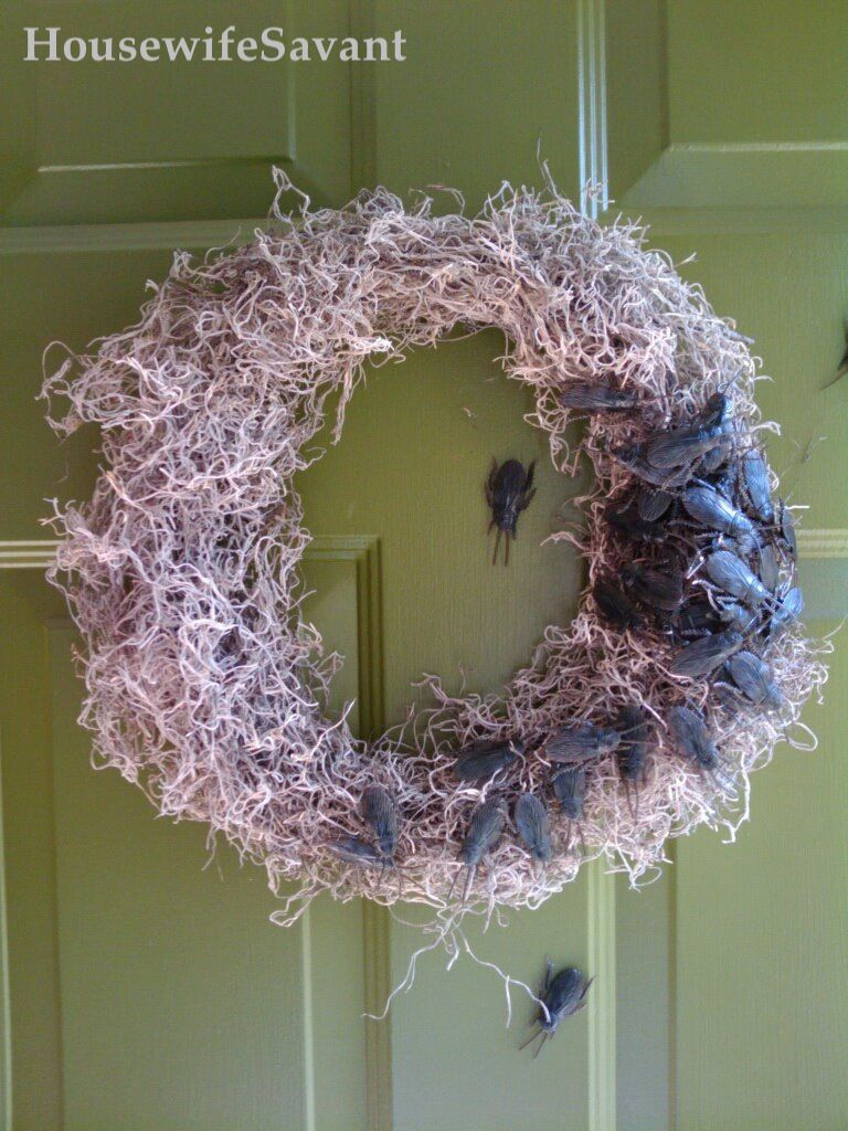Ghoulish Wreath Halloween Dollar Tree Roaches Spanish Moss